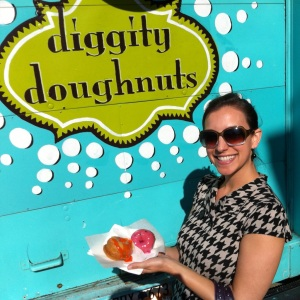 Follow me to Diggity Doughnuts and other vegan- and veg-friendly Charleston locales!