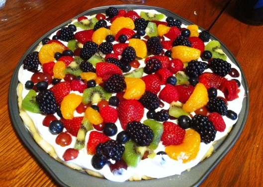 Beautiful, wonderful fruit pizza made by my Mom!